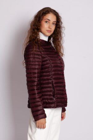 Стёганная демисезонная куртка с камнями в цвете марсала