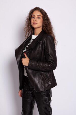 Тёмно коричневая кожаная куртка Me-Fi