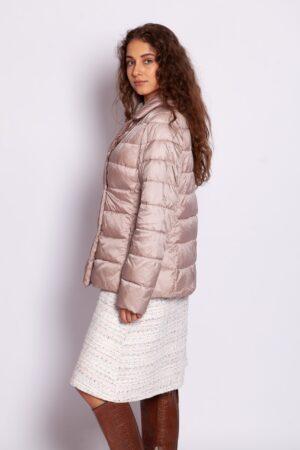 Двубортная удлинённая демисезонная куртка пудрового цвета